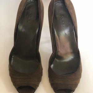 GUCCI Suede Shoes-Size 7.5